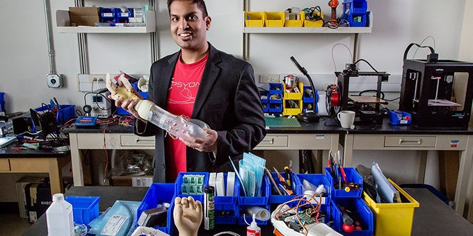 Neuroscientists Create Prosthetics to Help Amputees Feel Again