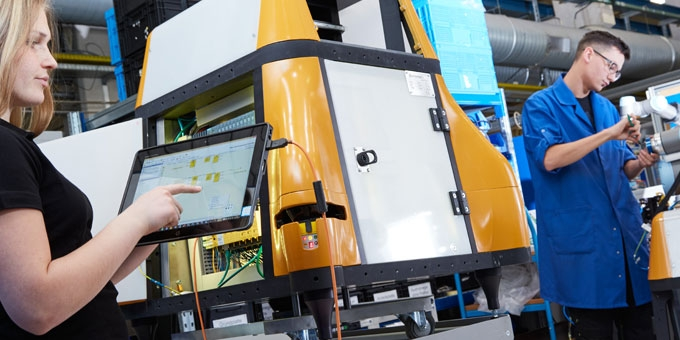 Smart Production Lines in Automotive Industry Use Cobots