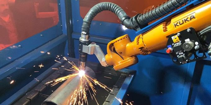Robotic Plasma Cutting in a 3D World