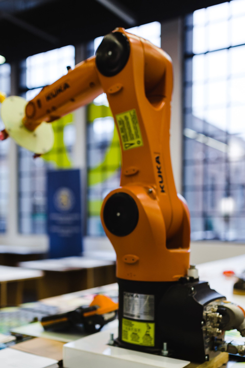 The Pros and Cons of Pneumatic Robots   RoboticsTomorrow